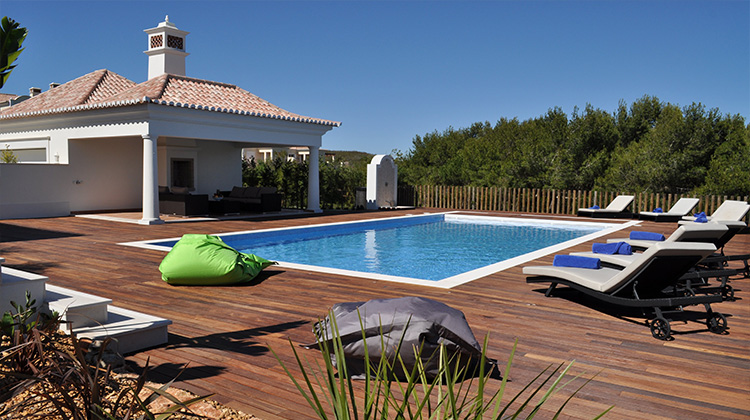 Martinhal Luxury Villas pool area and BBQ