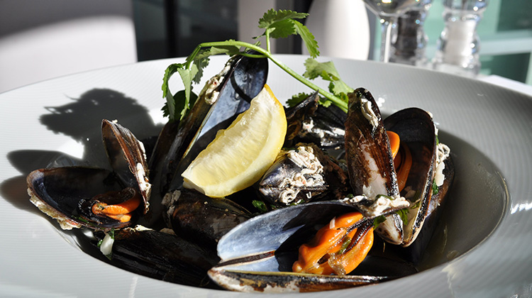 Martinhal Restaurants Dining Mussels