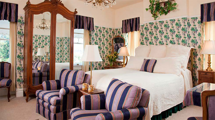 Top Napa Valley Bed and Breakfast -Churchill Manor Bed and Breakfast