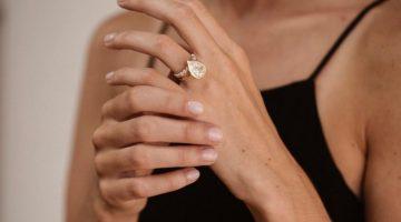 Engagement Ring Buying Tips